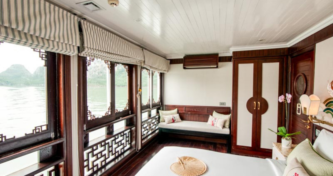 Grand-Deluxe-Cabin-Large-Windows-The-Au-Co-Luxury-Cruise-Halong-Bay.jpg