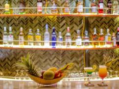 Bar (Terrace Deck)