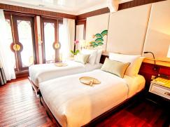 Executive Cabin (Upper Deck)