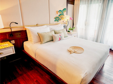 Deluxe-Cabin-The-Au-Co-Luxury-Cruise-Halong-Bay.jpg